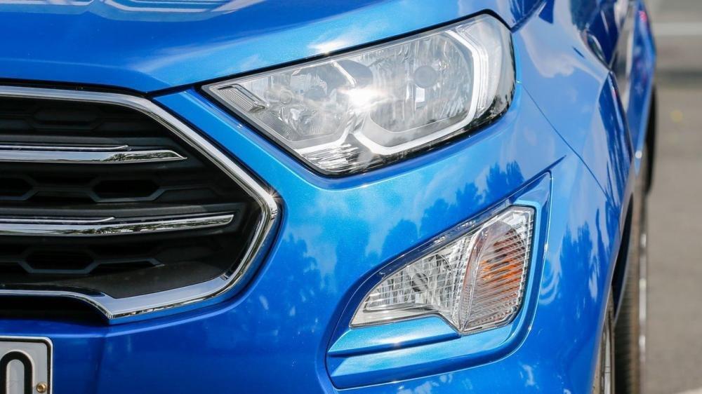 So sánh xe Hyundai Kona 2018 và Ford Ecosport 2018 về đầu xe 7