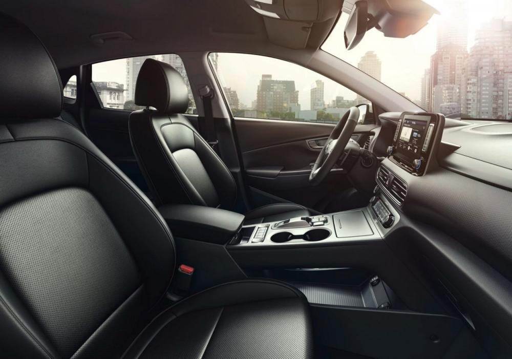 So sánh xe Hyundai Kona 2018 và Ford Ecosport 2018 về ghế ngồi.