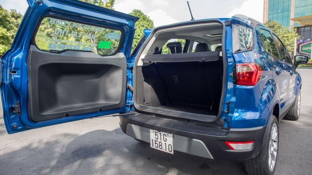 So sánh xe Hyundai Kona 2018 và Ford Ecosport 2018 về ghế ngồi 7