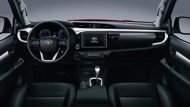 Khoang nội thất sang trọng, tiện nghi của Toyota Hilux 2.8G 2018 mới.