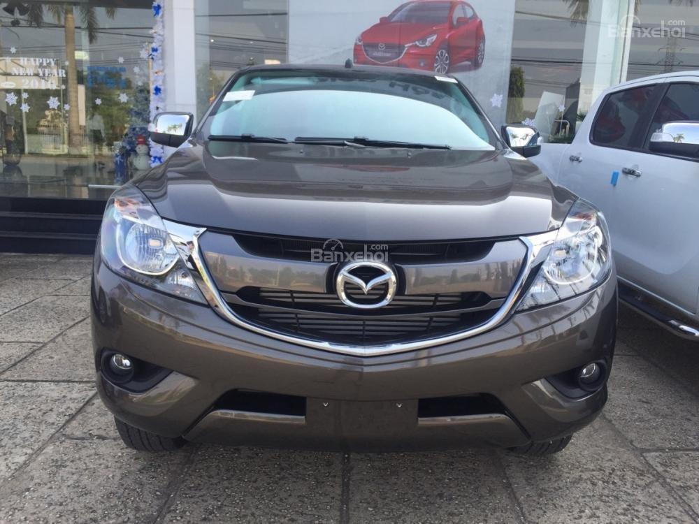 Bán Mazda BT 50 mới 100% màu nâu, ưu đãi tốt nhất miền Hà Nội, hỗ trợ trả góp 80% giá trị xe (1)