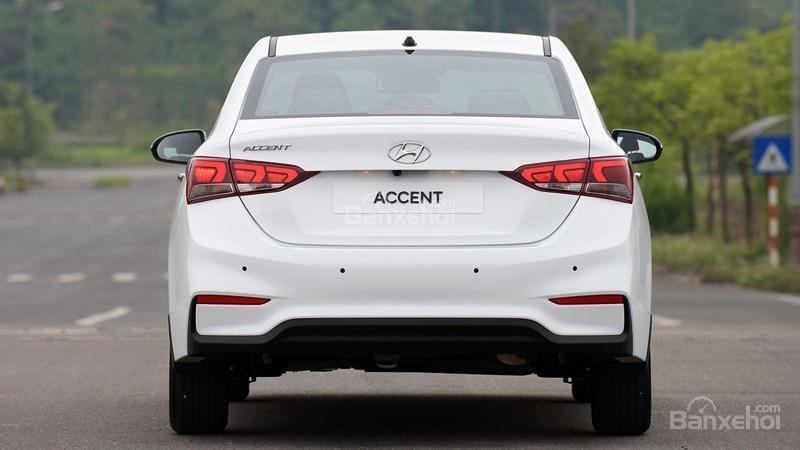 Giao xe ngay - Tặng phụ kiện - Chỉ 139tr- Hyundai Accent 1.4MT 2019, giá cực tốt, trả góp 85%, liên hệ 0933598285 (5)