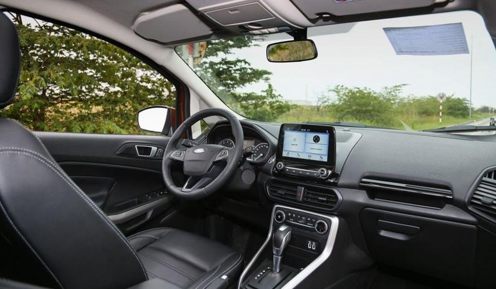 Khoang nội thất xe Ford EcoSport 1.0L Titanium 2018..