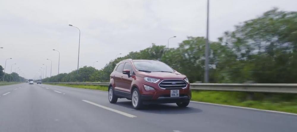 Đánh giá xe Ford EcoSport 1.0L Titanium 2018: Hệ thống khung gầm và treo chắc chắn.