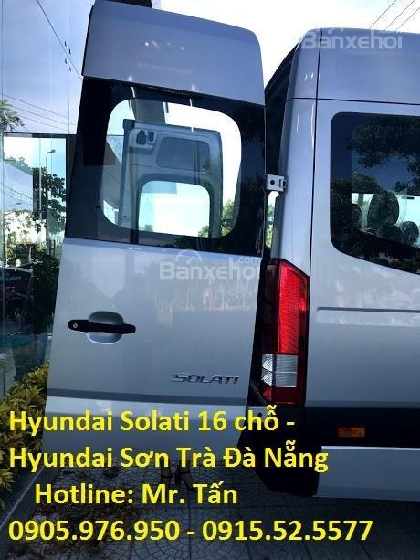 Cần bán xe Hyundai Solati năm sản xuất 2018, màu bạc, nhập khẩu, tặng nộp thuế trước bạ-2