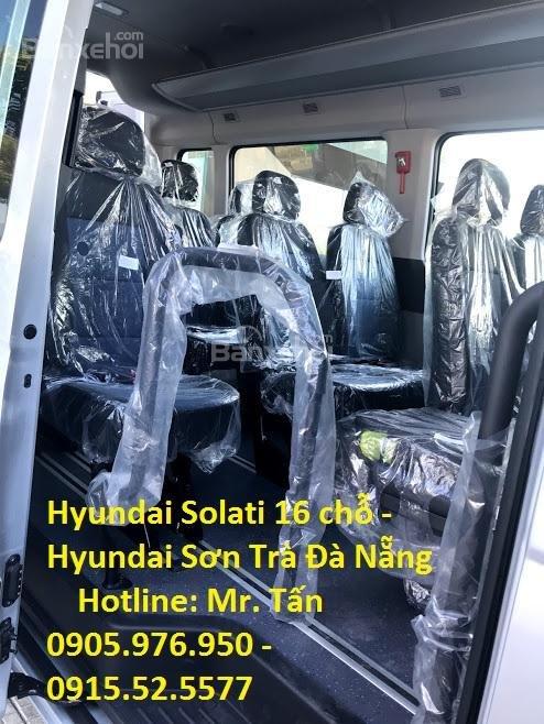 Cần bán xe Hyundai Solati năm sản xuất 2018, màu bạc, nhập khẩu, tặng nộp thuế trước bạ-4