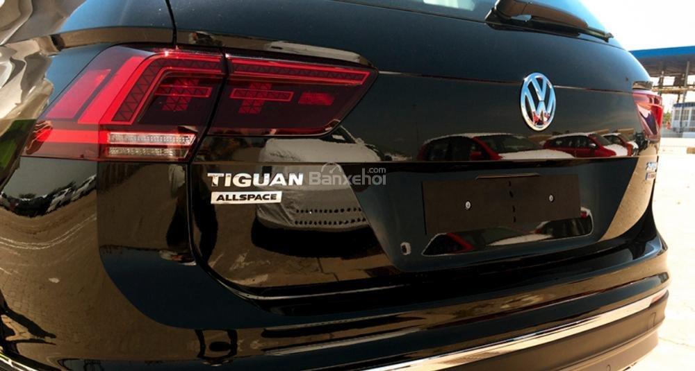 (Volkswagen Trần Hưng Đạo) bán Tiguan Allspace 2018 2.0L, đủ màu, liên hệ Kiều Tiên 0908526727 để nhận giá ưu đãi nhất (8)