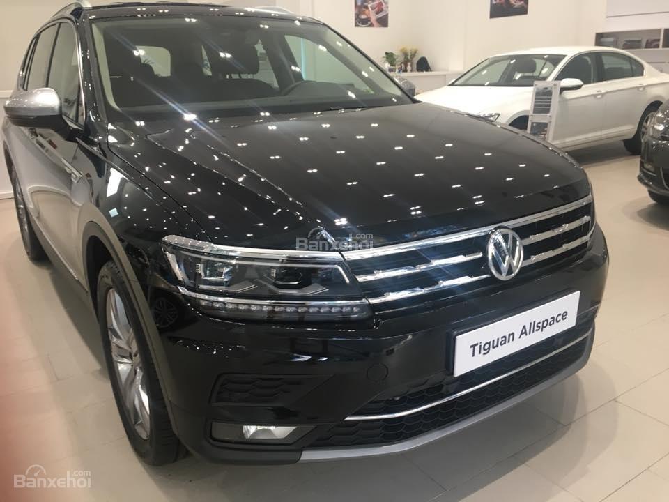 (Volkswagen Trần Hưng Đạo) bán Tiguan Allspace 2018 2.0L, đủ màu, liên hệ Kiều Tiên 0908526727 để nhận giá ưu đãi nhất (2)