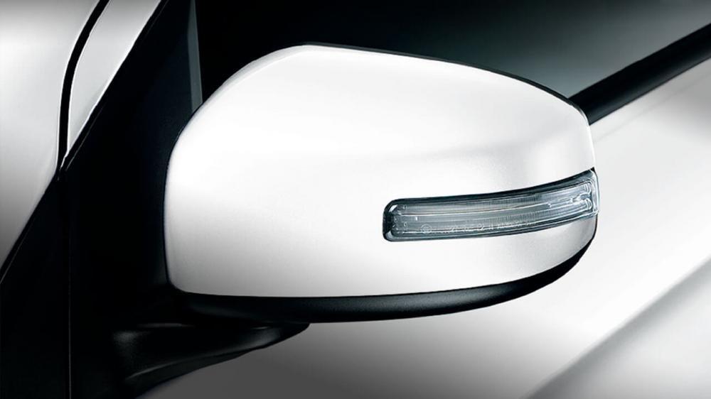 Đánh giá xe Mitsubishi Attrage 2018 CVT: Gương chiếu hậu 1