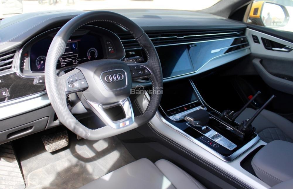 Đánh giá xe Audi Q8 2019 - tiện nghi - 1