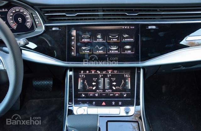 Đánh giá xe Audi Q8 2019 - tiện nghi - 3