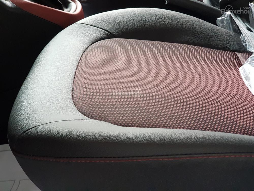 Hyundai Hà Đông hỗ trợ mua xe Hyundai Grand i10-trọn gói chỉ với 100tr, xe đủ màu giao ngay trong ngày-LH 0981476777-5