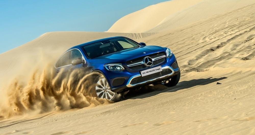 Mercedes-Benz GLC 300 4MATIC Coupe 2018 là mẫu xe thích hợp với giới doanh nhân thành đạt a1