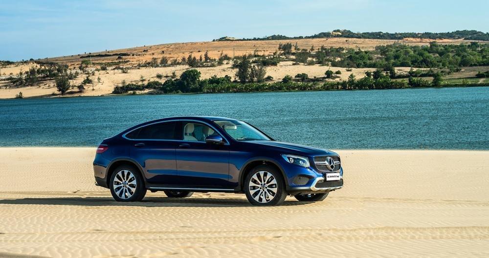 Đánh giá xe Mercedes-Benz GLC 300 4MATIC Coupe 2018 1