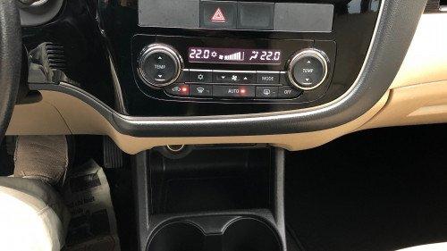 Bán ô tô Mitsubishi Outlander Sport 2.0 AT đời 2016, màu trắng, nhập khẩu nguyên chiếc  (6)