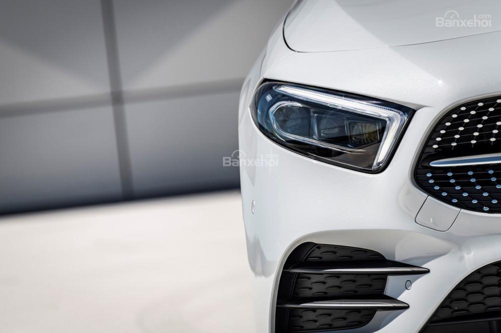 Đánh giá xe Mercedes-Benz A-Class 2019 - đầu - 2