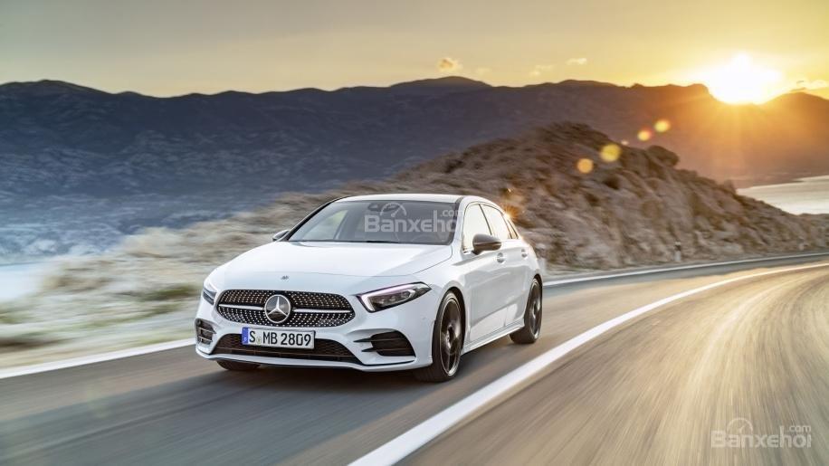 Đánh giá xe Mercedes-Benz A-Class 2019 - giới thiệu - 1