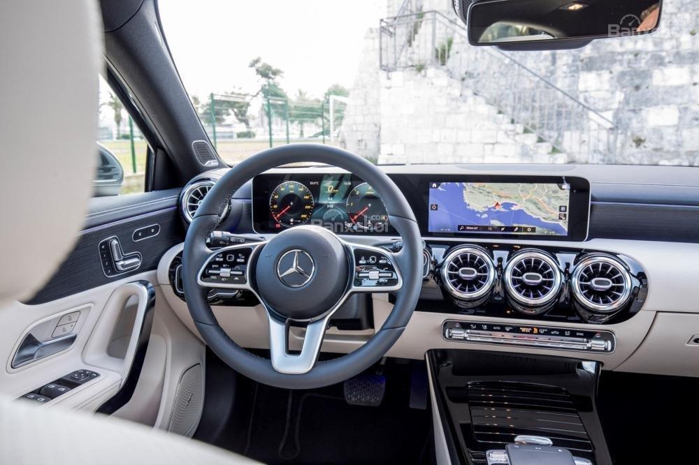 Đánh giá xe Mercedes-Benz A-Class 2019 - tap-lô - 3