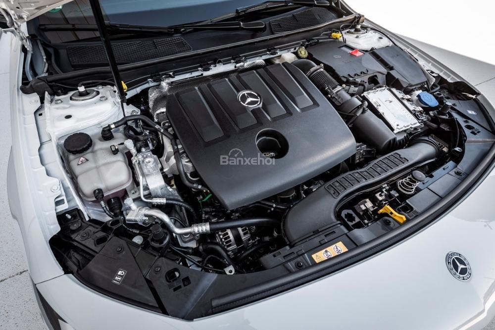 Đánh giá xe Mercedes-Benz A Class 2019 - động cơ - 1