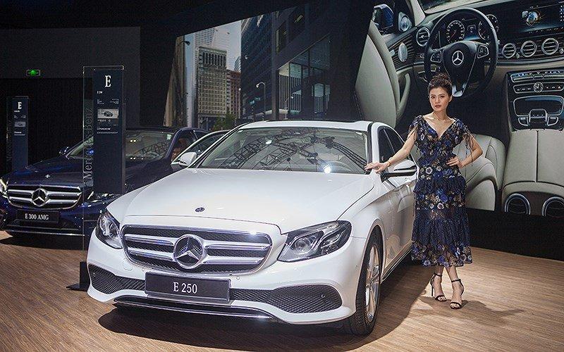 Triển lãm Mercedes-Benz Fascination - mẫu đẹp thu hút mọi ánh nhìn 7