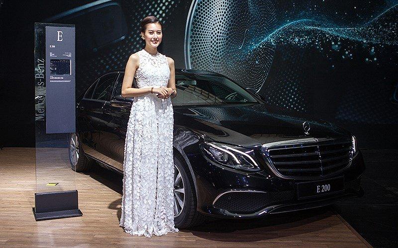 Triển lãm Mercedes-Benz Fascination - mẫu đẹp thu hút mọi ánh nhìn 3