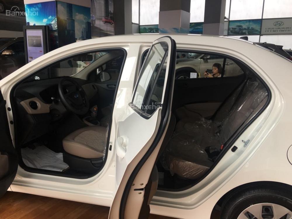 Hyundai Grand i10 Sedan 1.2 MT Base đủ màu sản xuất 2019 chỉ 345 triệu + Khuyến mãi 15 triệu - LH: 0919929923 (4)