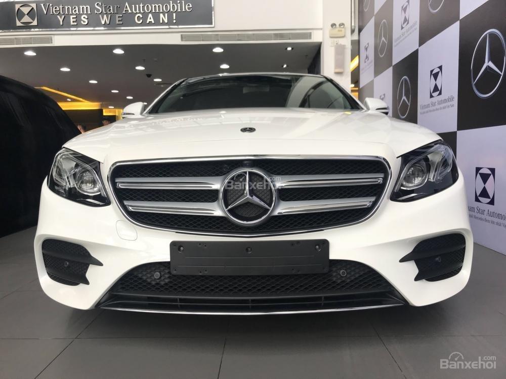 Bán Mercedes-Benz E300 AMG 2019 - Liên hệ đặt xe: 0919 528 520-1