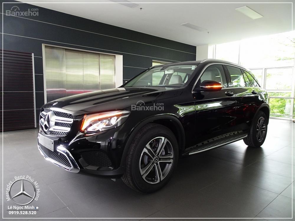 Bán Mercedes Benz GLC 200 New - KM đặc biệt trong tháng - Xe giao ngay - LH: 0919 528 520-3