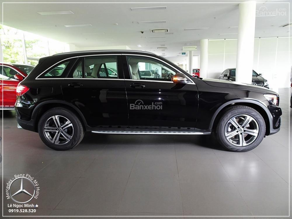 Bán Mercedes Benz GLC 200 New - KM đặc biệt trong tháng - Xe giao ngay - LH: 0919 528 520-9