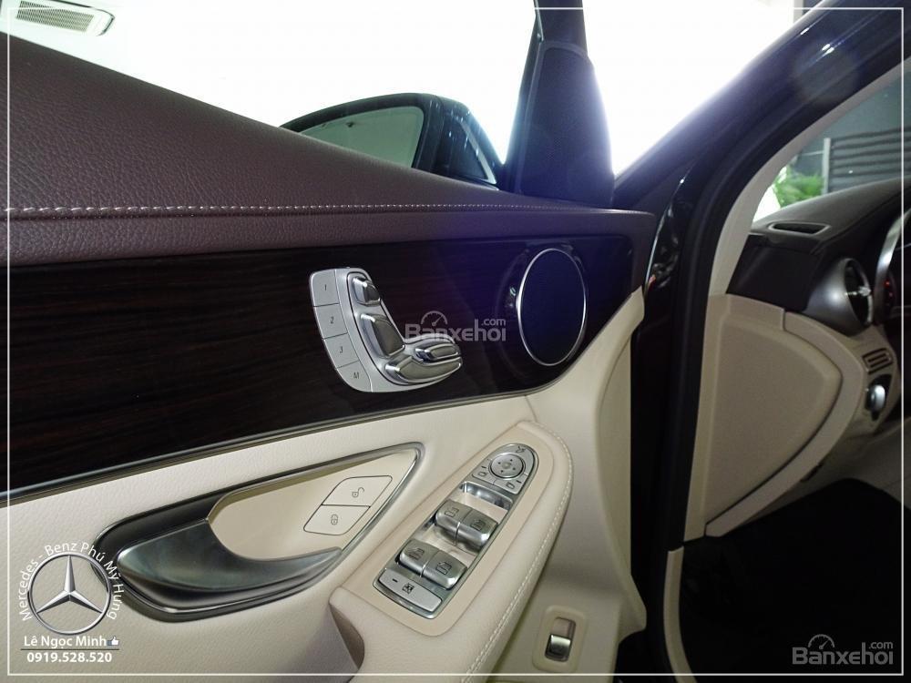 Bán Mercedes Benz GLC 200 New - KM đặc biệt trong tháng - Xe giao ngay - LH: 0919 528 520-10