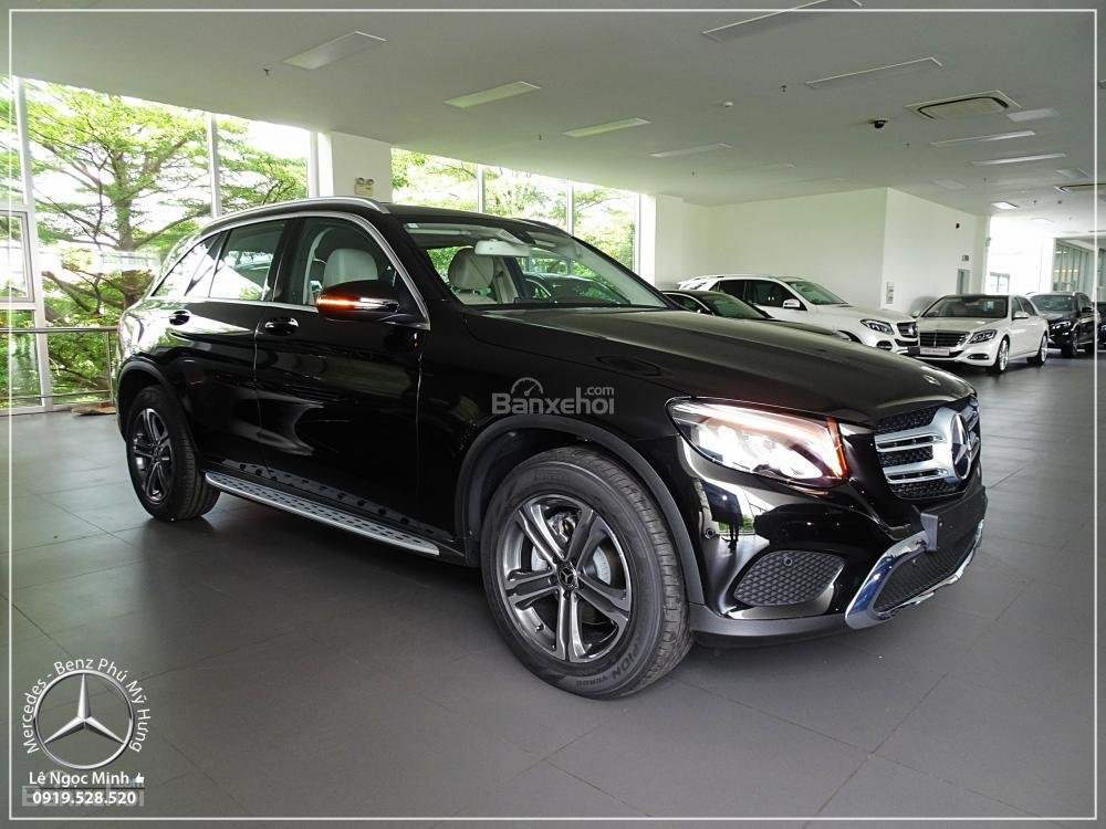 Bán Mercedes Benz GLC 200 New - KM đặc biệt trong tháng - Xe giao ngay - LH: 0919 528 520-0