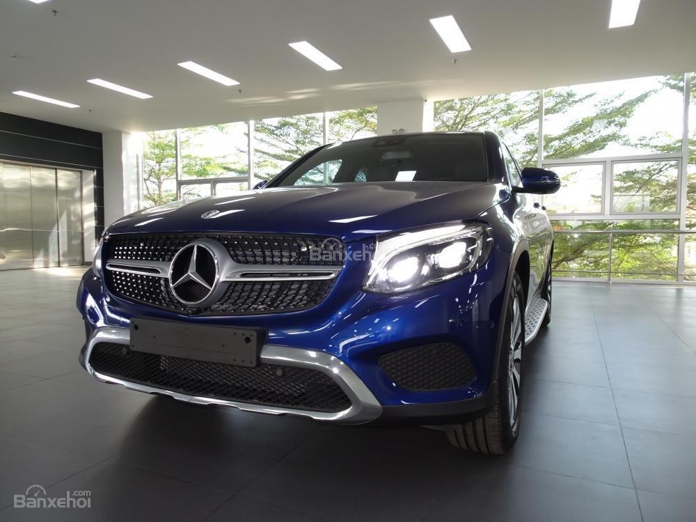 Bán Mercedes Benz GLC 300 Coupe New - Có xe giao ngay - hỗ trợ Bank 80% - Ưu đãi tốt - LH: 0919 528 520 (3)