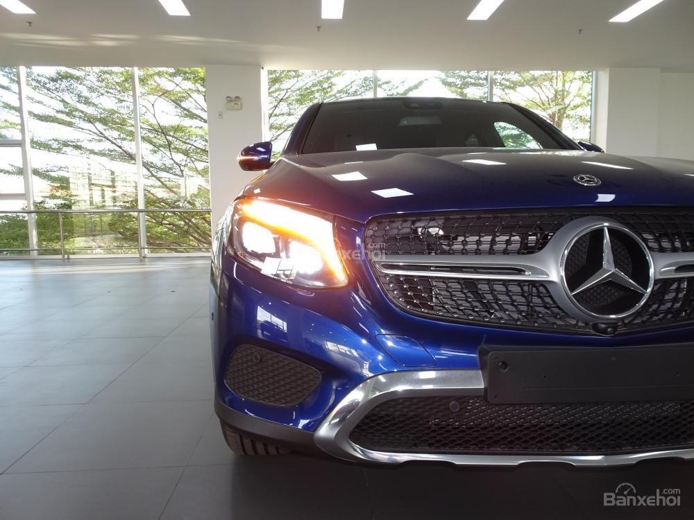 Bán Mercedes Benz GLC 300 Coupe New - Có xe giao ngay - hỗ trợ Bank 80% - Ưu đãi tốt - LH: 0919 528 520 (9)