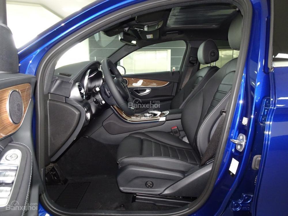 Bán Mercedes Benz GLC 300 Coupe New - Có xe giao ngay - hỗ trợ Bank 80% - Ưu đãi tốt - LH: 0919 528 520 (10)