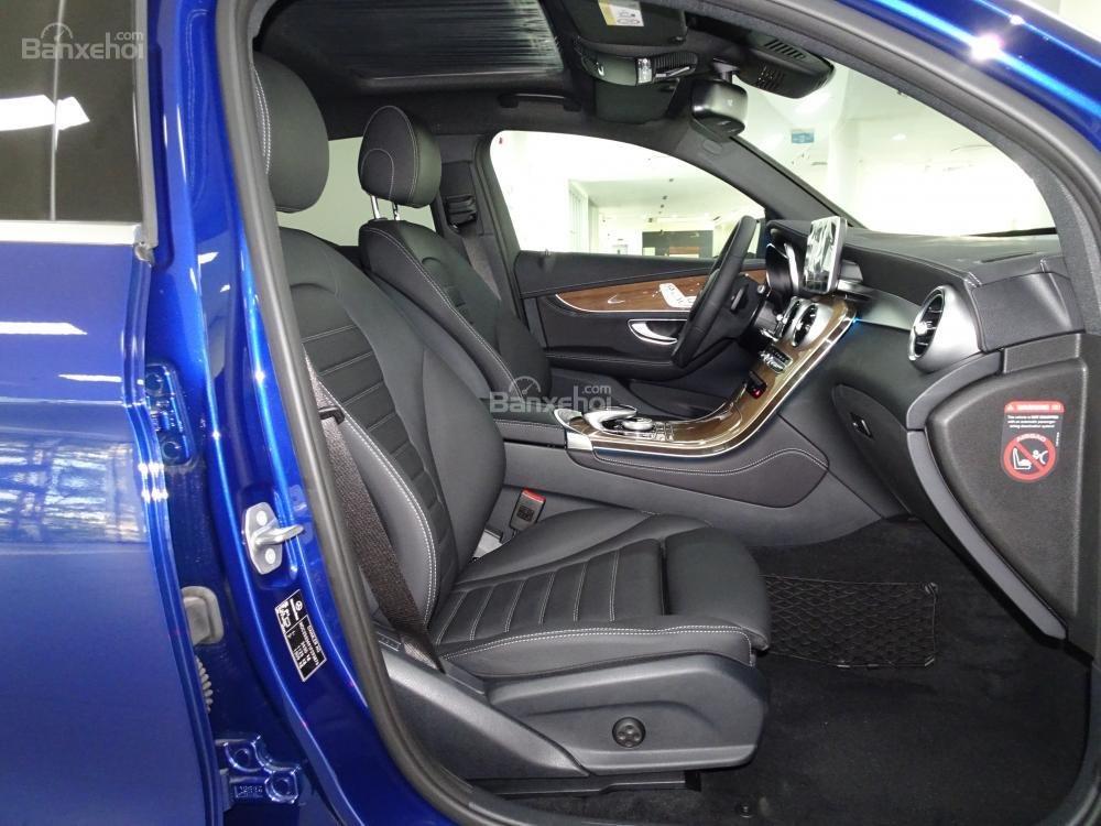 Bán Mercedes Benz GLC 300 Coupe New - Có xe giao ngay - hỗ trợ Bank 80% - Ưu đãi tốt - LH: 0919 528 520 (12)