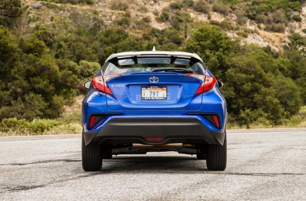 Toyota Corolla 2019 và Toyota C-HR 2019: Chọn hatchback hay CUV? - Ảnh 7.