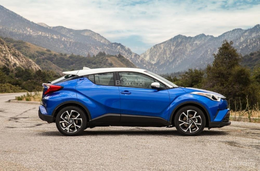 Toyota Corolla 2019 và Toyota C-HR 2019: Chọn hatchback hay CUV? - Ảnh 6.