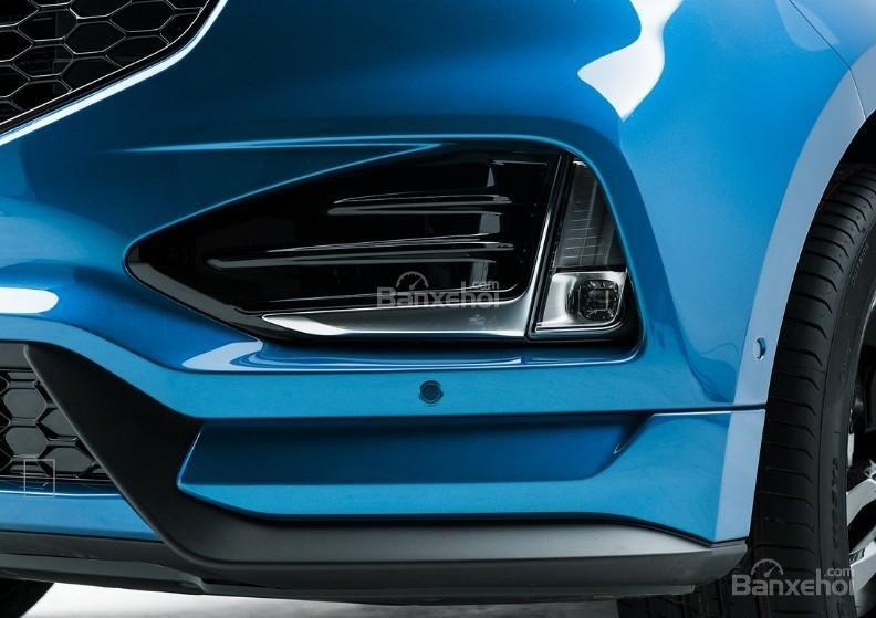 Đánh giá xe Ford Edge ST 2019: Đèn sương mù.