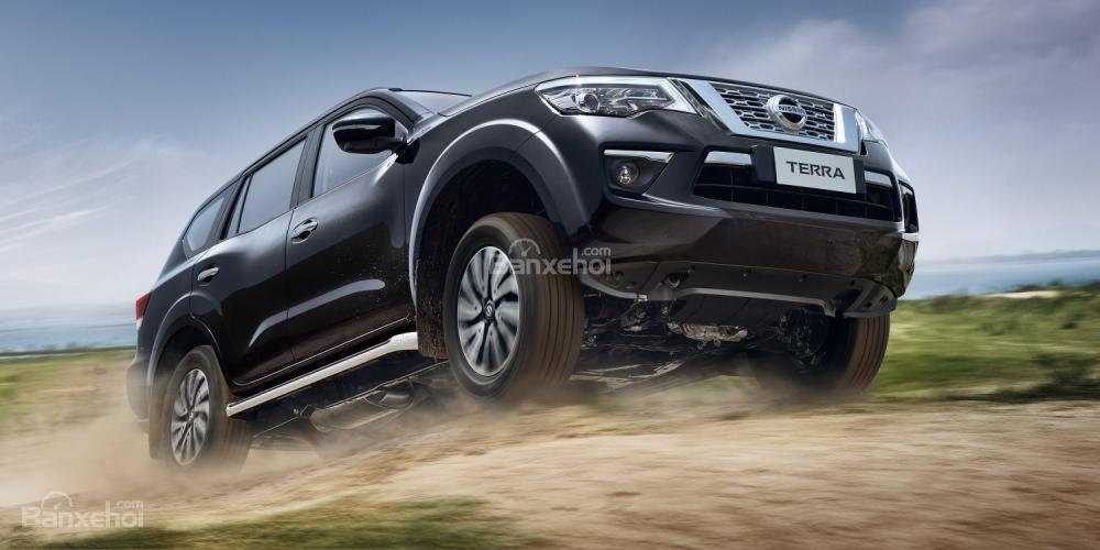 Tham khảo thông số kỹ thuật Nissan Terra 2019 sắp về Việt Nam a3