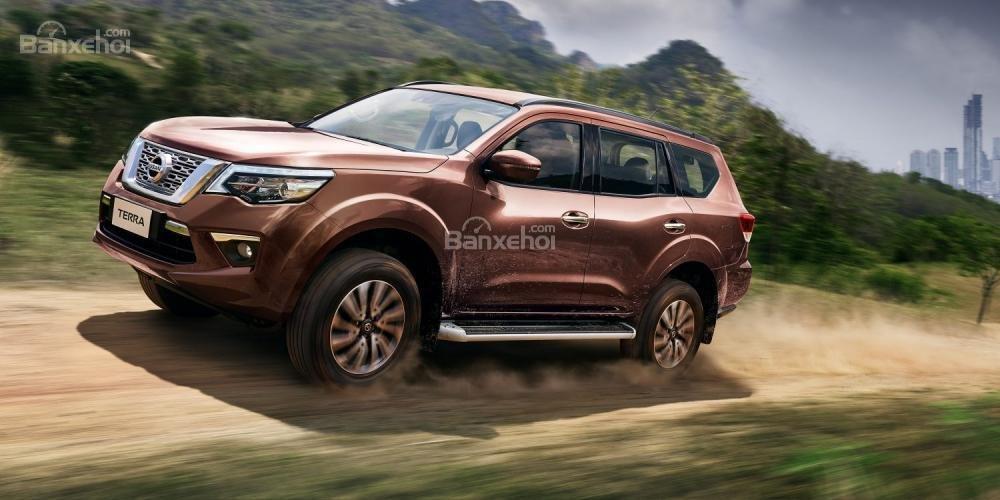 Nissan Terra 2019 về Việt Nam có giá tạm tính từ 1,05 tỷ đồng.