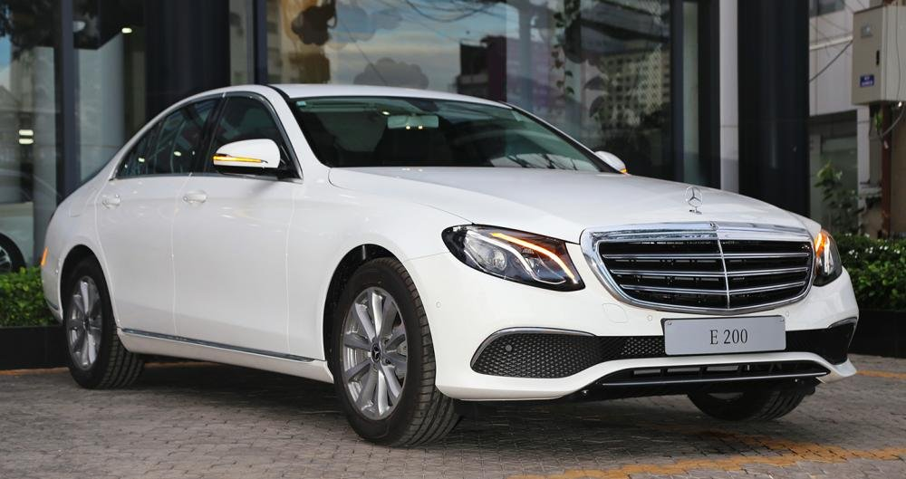 Ngoại thất Mercedes-Benz E200 2018/