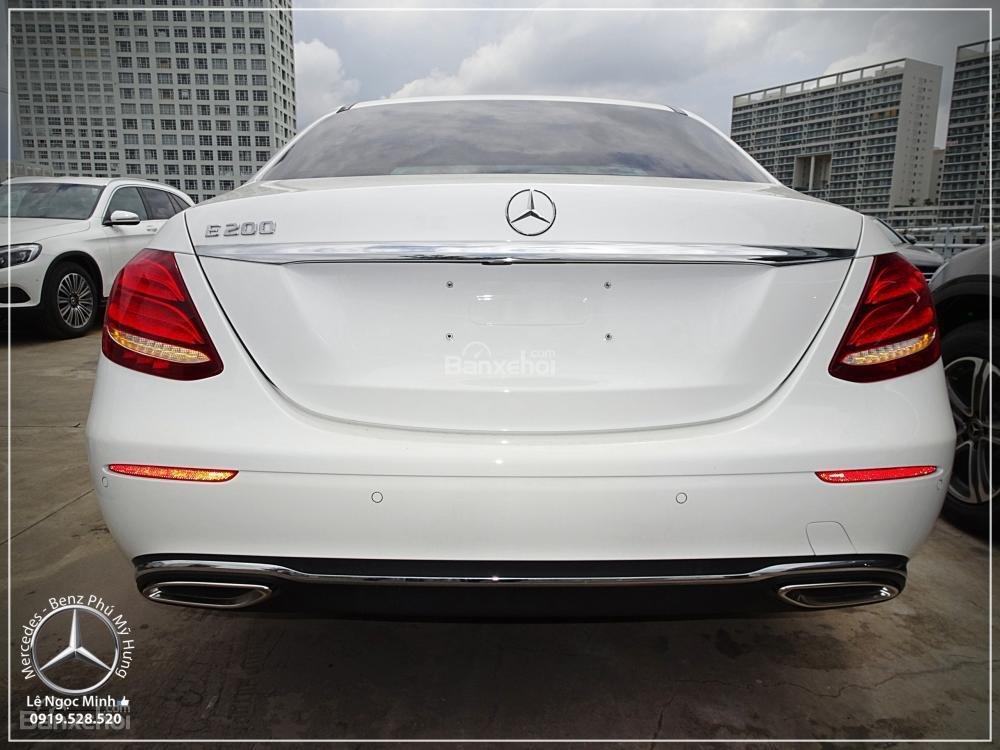 Mercedes E200 Exclusive 2020 - Giá bán tốt nhất, giao xe sớm, trả góp 80% lãi suất tốt  (6)