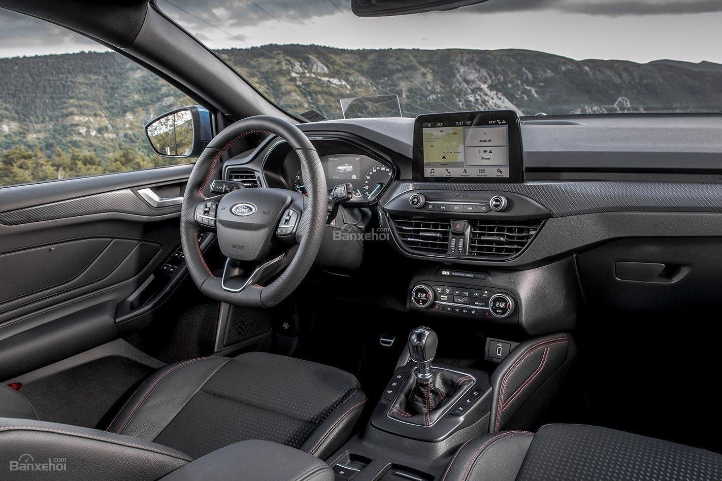 Đánh giá xe Ford Focus 2019