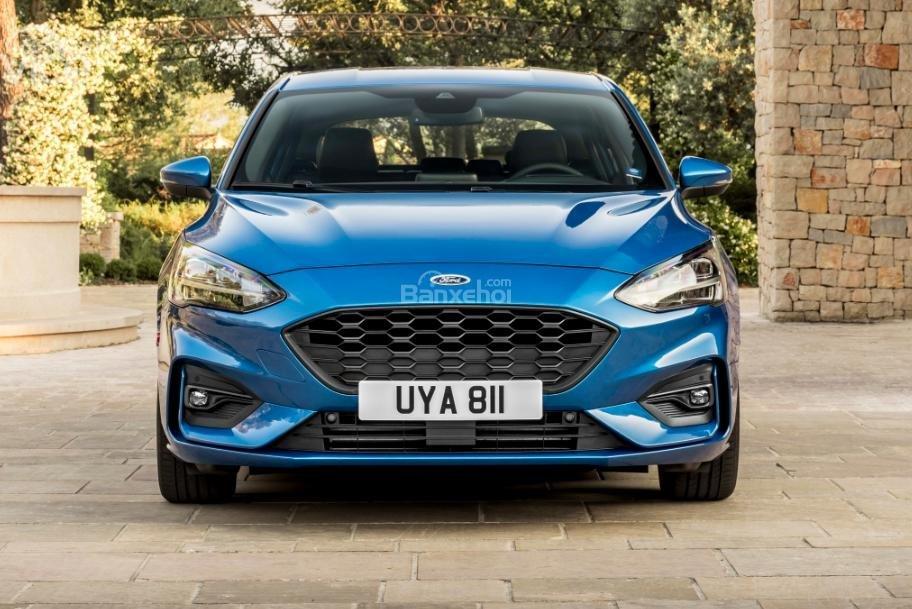 Đầu xe Ford Focus 2019