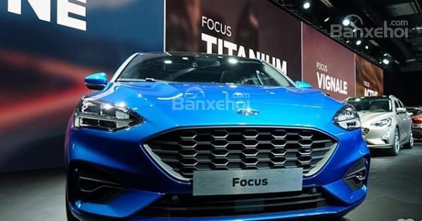 Đầu xe Ford Focus 2019 3