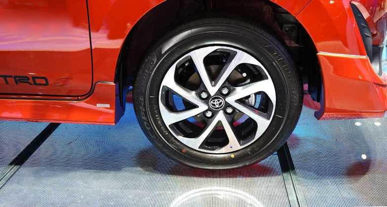 So sánh Toyota Wigo và Chevrolet Spark về thân xe 9