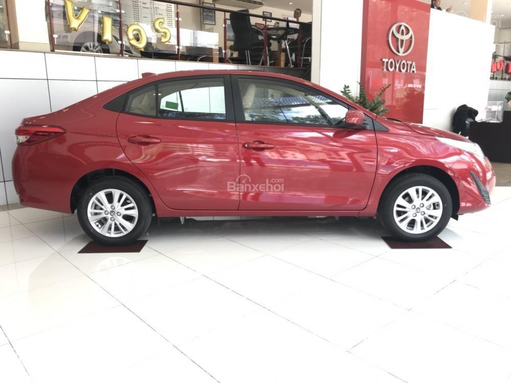 Bán Toyota Vios E-MT model 2018 có đủ màu, xe giao tận nơi bằng xe chuyên dùng KH ở tỉnh, vay 80% lãi suất 3.99%/năm-4