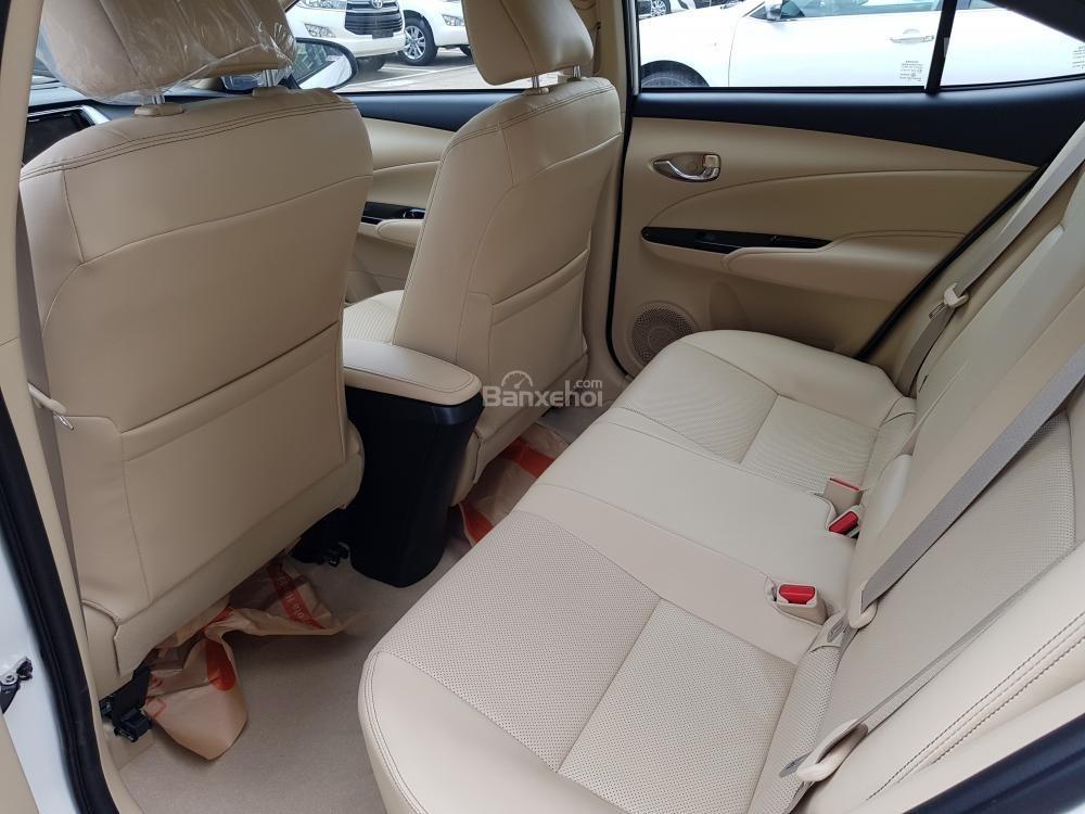 """Hot"" Toyota Vios 1.5E số sàn - Giá 496 triệu và DVD + Camera de, ghế da - Liên hệ 0902750051-7"