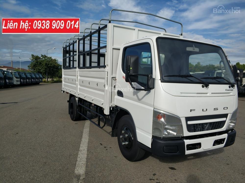 Bán xe tải Mitsubishi Fuso Canter 4.99 tải trọng 2.2 tấn, đời 2018 Euro 4 tại Thaco Long An, Tiền Giang, Bến Tre-0