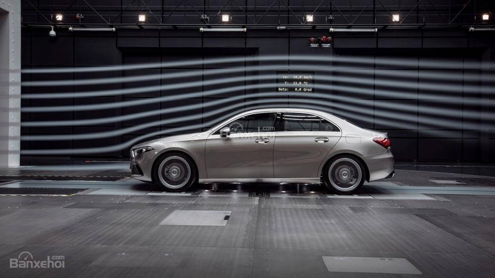 Khám phá Mercedes A-Class Sedan 2019 qua video - 2